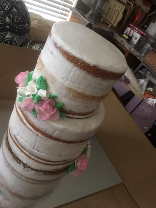 Special day a wedding cake for my special friend Evette Mazzo co-worker at Odessa Christian School. No nervous and press...
