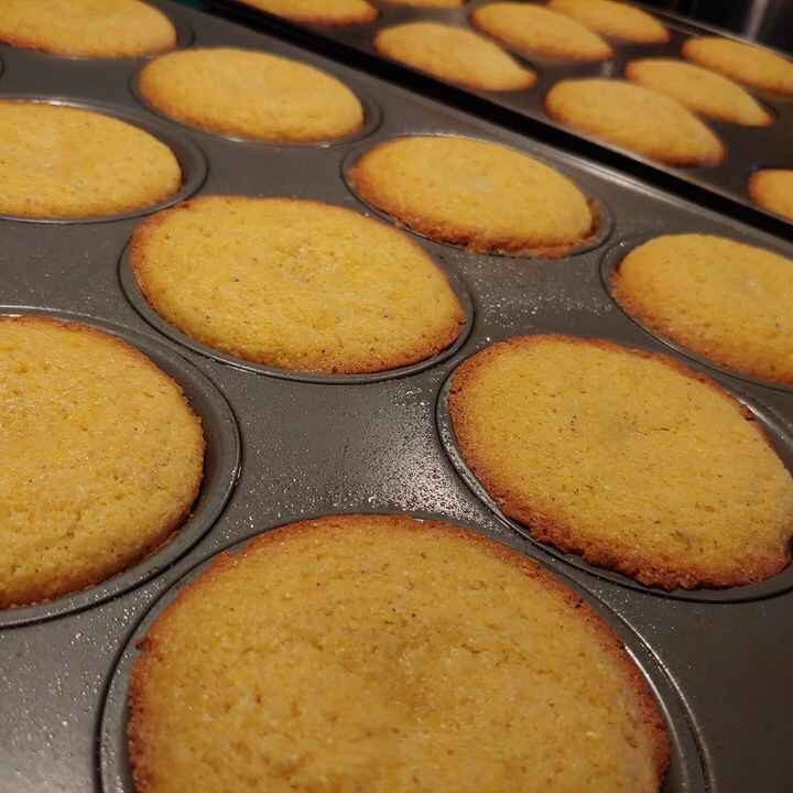 When you've got no customers to bake for, you bake for yourself....three dozen muffin-pan cornbreads. The family is alre...