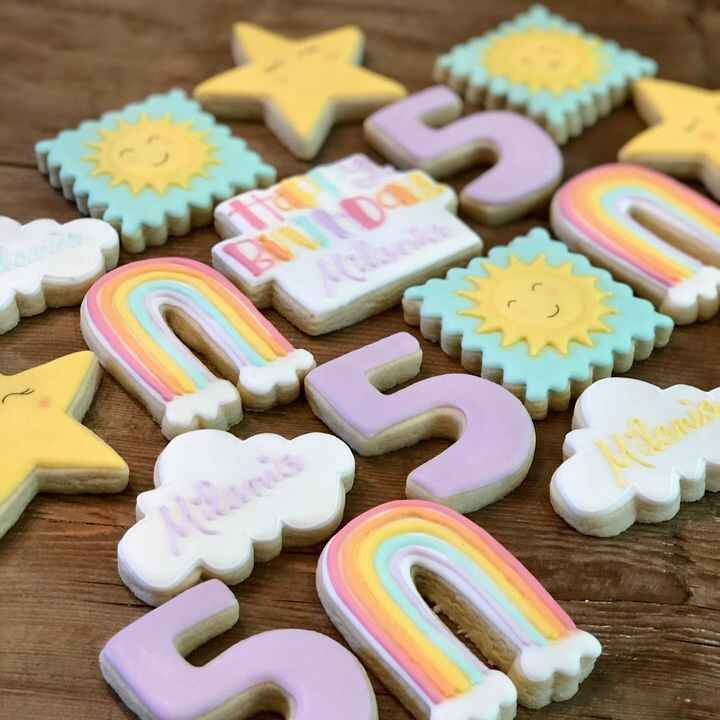 How sweet is this sunshine and rainbow set for a very special five year-old! ☀️🌈Happy Birthday Milania! #sunshineandrain...